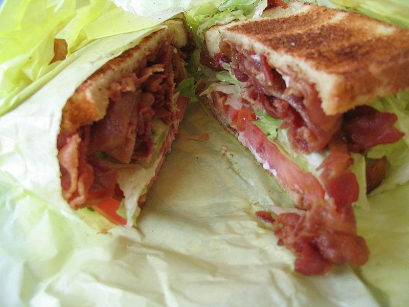 800px-BLT_sandwich_1